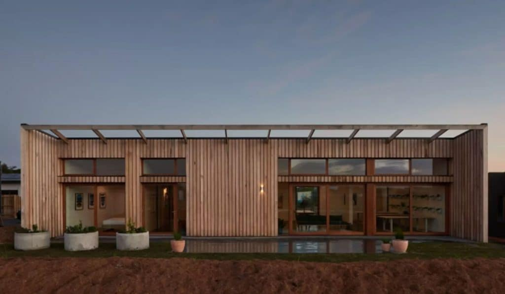 10-Star, The Sociable Weaver, Carbon-Positive Home