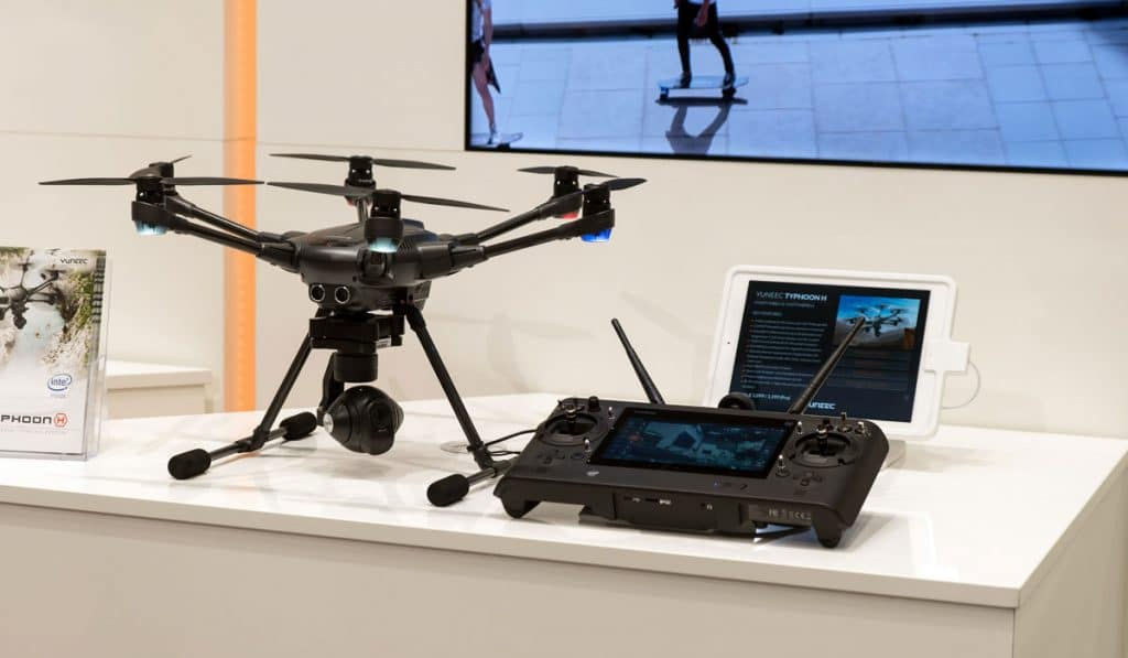 Four Amazing Drones That Can Follow You While Filming You